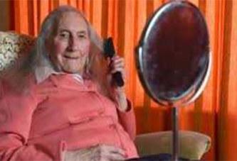 Un homme de 90 ans réalise son rêve en changeant de sexe