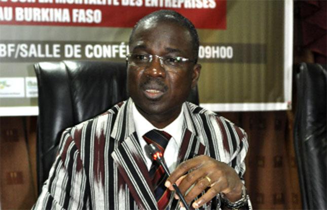 Burkina faso issiaka kargougou nouveau dg de la chambre for Chambre de commerce du burkina