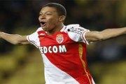 Monaco: découvrez l'incroyable salaire de Kylian Mbappé…Une augmentation de 900%!