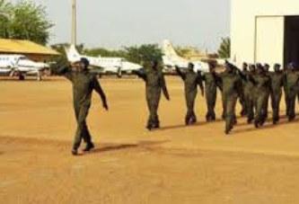 Burkina Faso –  L'armée de l'air recrute:  Niveau, Baccalauréat des séries Scientifiques ou Techniques