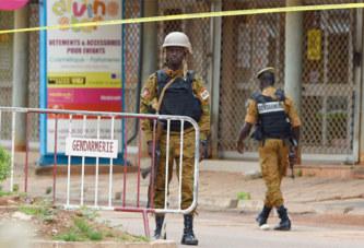 Burkina: zones d'ombre et inquiétudes un mois après l'attentat de Ouagadougou