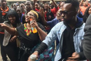 Zimbabwe : manifestation pour le départ de Mugabe