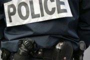 Marseille : Ses élèves la menacent de publier ses photos intimes, elle couche avec 5 d'entre eux
