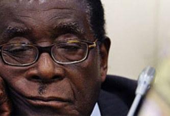 Zimbabwe: Robert Mugabe »refuse de se nourrir et promet de mourir »
