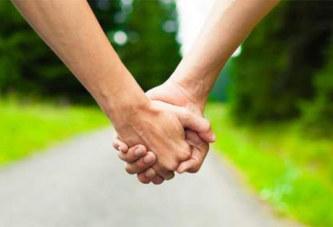 Tombés amoureux chacun de la femme de l'autre, deux policiers s'échangent leurs épouses