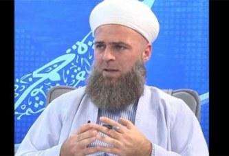 Les hommes sans barbe ressemblent à des femmes, selon un Clerc islamique turc