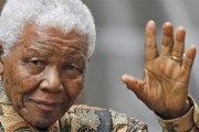 """Afrique du Sud: Des """"malversations"""" notées dans les funérailles de Mandela"""