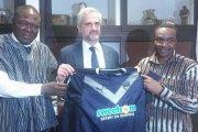 Le président des Girondins de Bordeaux visite les centres de formation de football de Ouagadougou