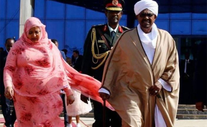 Soudan: Omar El Béchir limoge son chef d'état-major