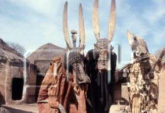 Côte d'Ivoire: Des fonctionnaires fouettés par des masques lors d'une ceremonie à Sinématiali
