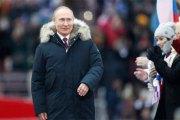 Russie : Poutine confirmé au Kremlin jusqu'en 2024