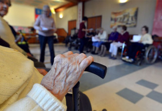 Amis d'enfance, ils se retrouvent 74 ans après en maison de retraite
