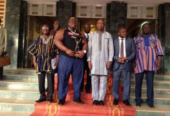 Sport: Iron Biby et les médaillés Karatekas chez le Premier Ministre
