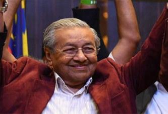Malaisie: A 92 ans, Mahathir Mohamad revient au pouvoir