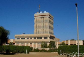 Sénégal : Mort d'un étudiant à l'Université de Saint Louis, Macky Sall cède à la pression des étudiants et limoge le recteur