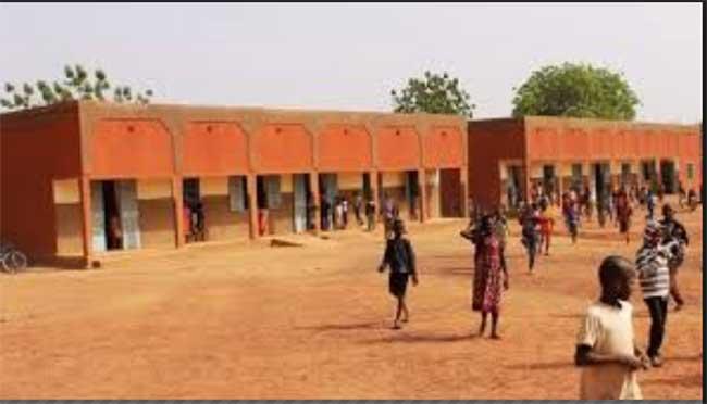 Ecole Primaire Bogodogo Est 350 Mille F Cfa Pour Réparer Une