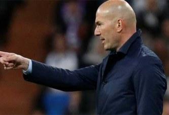 Zinédine Zidane : «Je n'ai pas arrêté pour prendre l'équipe de France»