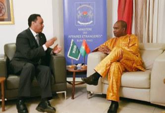 Burkina-déficit alimentaire: L'Arabie saoudite annonce une aide de plus 2 milliards de francs Cfa( Alpha Barry, ministre des Affaires étrangères)