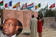 Stèle des victimes du crash Air Algérie : Comment un scandale autour du marché a bloqué le bitumage de la voie d'accès.