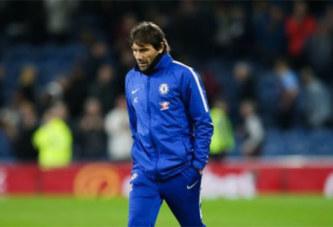 Football/Premier League: Chelsea licencie Antonio Conte