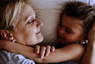 Voici pourquoi les enfants ont besoin de passer plus de temps avec leurs grands-parents