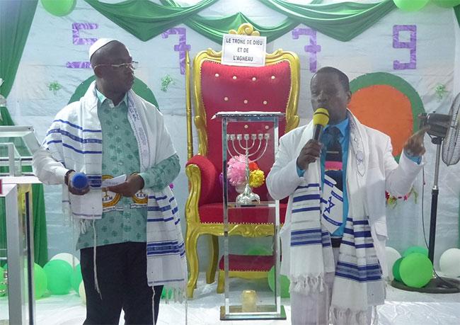Calendrier Hebraique 5779.Rosh Hashana 5779 Le Nouvel An Juif Celebre A Abidjan Sur