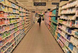 Un retraité montre son sexe à une fillette dans un supermarché