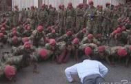 Éthiopie : Le Premier ministre fait des pompes pour calmer des soldats en colère