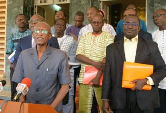 Prix des hydrocarbures : « pas de réduction », Coalition contre la vie chère