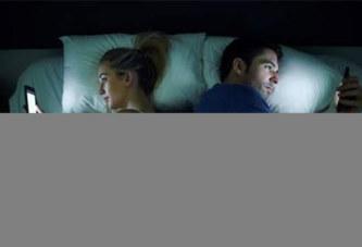 Les réflexes à bannir pour que les réseaux sociaux épargnent votre couple