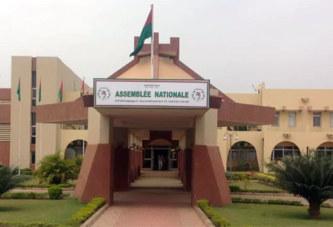 Recrutement de 100 stagiaires par l'Assemblée nationale : Un agenda caché est-il à craindre ?