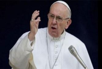 Le pape François compare les agressions sexuelles d'enfants aux sacrifices humains