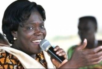 Mme Simone Gbagbo raconte sa vie de prisonnière aux fidèles