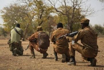 Burkina Faso: 3 militaires tués dans les attaques des détachements de Kelbo et Namissiguima
