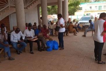 Grève du Syntsha : à Ouagadougou, piquet de grève à la bourse du travail