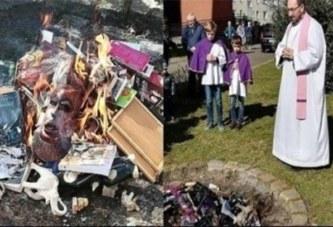 Pologne : Des prêtres catholiques brûlent des livres de Harry Potter
