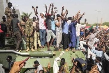 Soudan: : Un conseil militaire succède à Omar el-Béchir, le président soudanais déchu