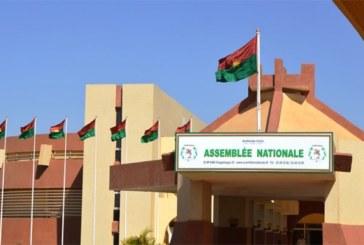 Burkina : la loi sur l'état de siège et d'urgence adoptée