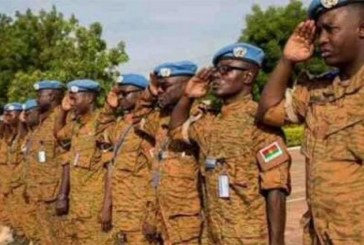Burkina Faso : Quatre casques bleus Burkinabè, décédés au service de la paix, décorés par l'ONU