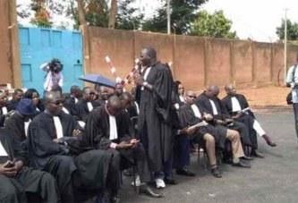 Blocage de la justice burkinabè : Les avocats protestent par un sit-in des avocats devant la maison d'arrêt et de correction de Ouagadougou (Maco)