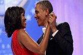 Fête des mères : l'émouvant hommage de Barack Obama à son épouse (photos)