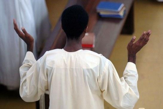 Sénégal : Un prêtre se suicide pour cacher sa relation amoureuse… sa partenaire risque deux ans de prison