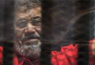 Egypte: Mohamed Morsi  enterré quelques heures après s'être effondré