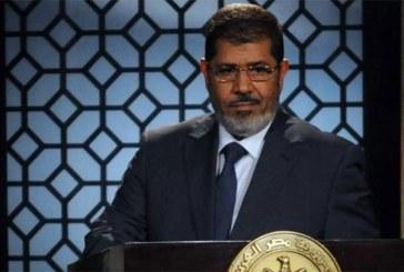 L'ancien président égyptien Mohamed Morsi est mort pendant une comparution au tribunal (TV d'État)