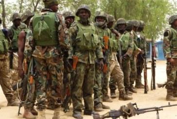 Nigéria: des soldats détournent de l'argent en espèce, jettent leur uniforme et s'enfuient