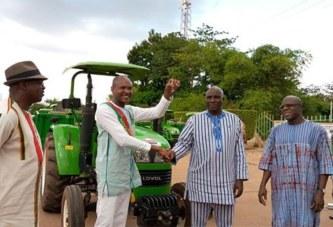 Agriculture: Les Chambres Régionales d'Agriculture bénéficient de 26 tracteurs agricole