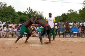 Sport: La lutte à l'honneur à Maria Tâw dans le Ioba