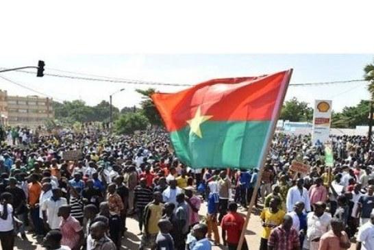 Dédicace de son ouvrage: René Emile KABORE au MPP: ''Vous gouvernez dans le mensonge…le Sankarisme est devenu votre fonds de commerce''