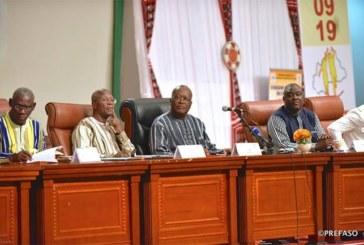 Forum national des jeunes : le président du Faso échange avec les jeunes sur leurs préoccupations.