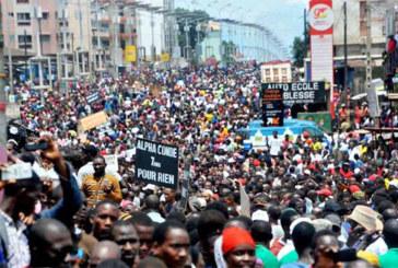 Guinée: Marche de femmes contre un éventuel mandat pour Alpha Condé